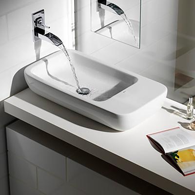 Elegir el lavabo ideal para tu cuarto de ba o for Llaves rusticas para lavabo