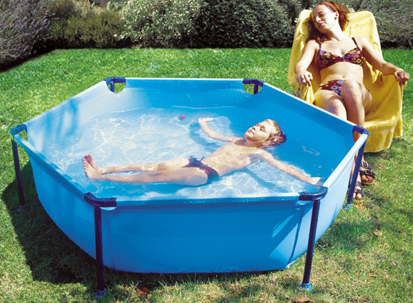 Piscinas desmontables diversi n ahorro y comodidad for Recambios piscinas desmontables