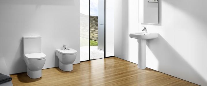 Cómo elegir un inodoro para cuarto de baño pequeño | Aprende & Mejora