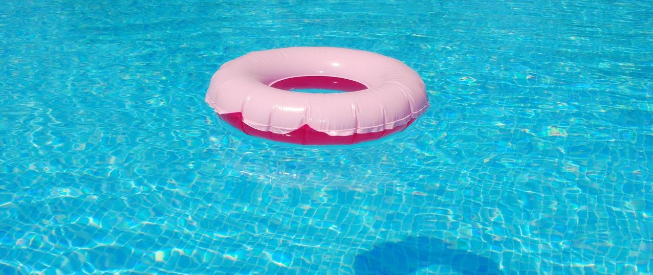 Piscina de sal piscina with piscina de sal perfect hotel for Cantidad de sal para piscinas